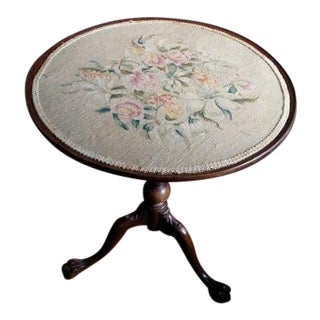1940s Vintage Imperial Furniture Co. Needlepoint Accented Tilt-Top Table For Sale