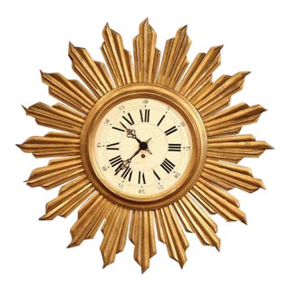 Early 20th Century French Giltwood Wall Sunburst Clock in Good Working Order For Sale