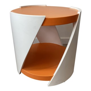 DWM | MALOOS Modern Twisted Side Table For Sale