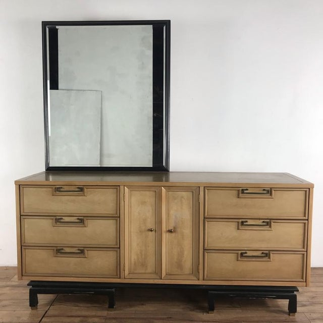 Hollywood Regency American Martinsville Dresser With Mirror For Sale - Image 9 of 9