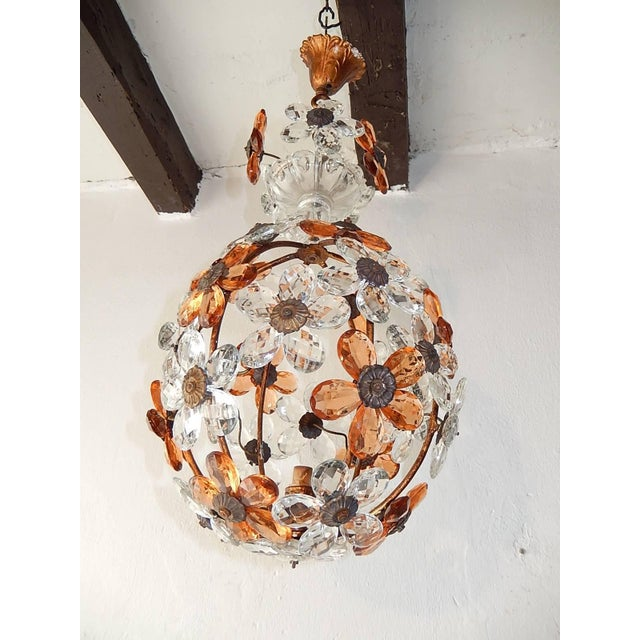 Glass Clear and Peach Crystal Flowers Maison Baguès Style Chandelier For Sale - Image 7 of 8