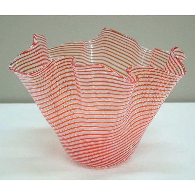 Mid-Century Modern 1950s Fratelli Toso Fazzoletto Murano Vase For Sale - Image 3 of 8