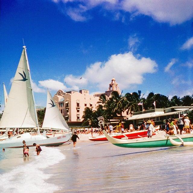 Vintage 1960s Oahu Hawaii Royal Hawaiian Hotel Photograph Print For Sale - Image 4 of 4