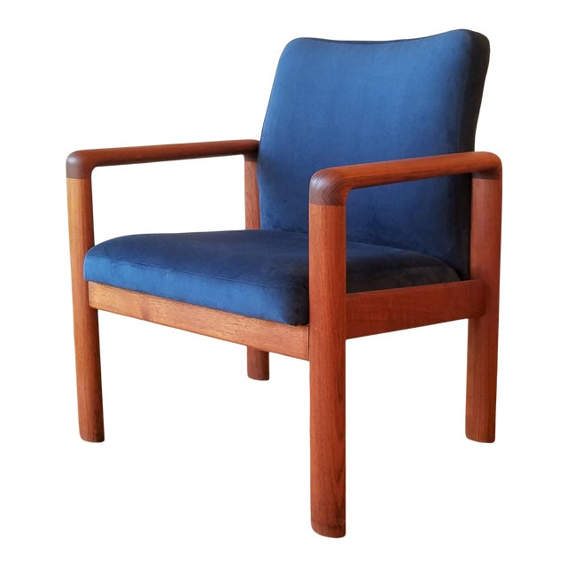 Newly-Upholstered Schou Andersen Møbelfabrik Armchair For Sale