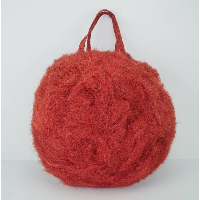 Red Large 1950's Coconut Straw Novelty Tote Handbag For Sale - Image 8 of 11