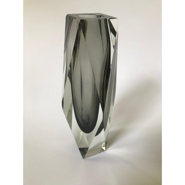 Alessandro Mandruzzato Mid-Century Modern Murano Art Glass Vase by Mandruzzato For Sale - Image 4 of 9