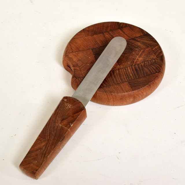 Metal Mid Century Danish Modern Dansk, Ihq Jens Quistgaard Teak Cutting Board With Knife For Sale - Image 7 of 10