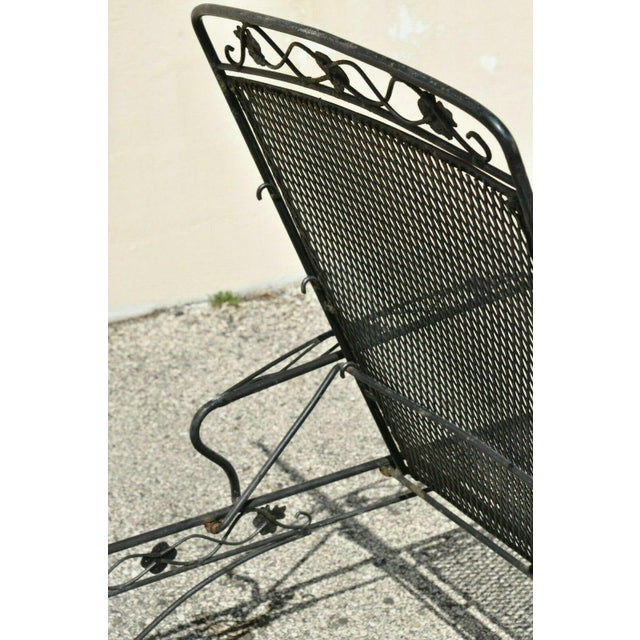 Vintage Mid Century Russell Woodard Patio Garden Reclining Wrought Iron Chairs- a Pair For Sale In Philadelphia - Image 6 of 13