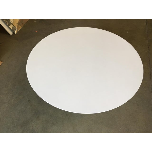 "Round 42"" Tulip Coffee Table by Eero Saarinen for Knoll For Sale In Los Angeles - Image 6 of 9"