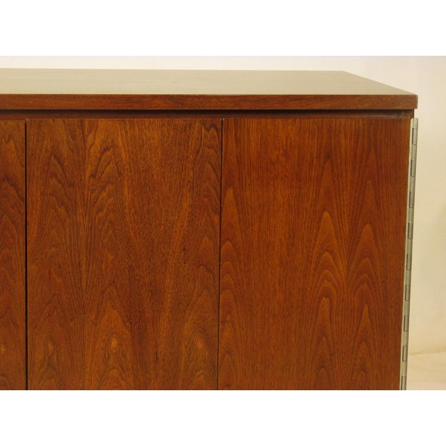 1950's Mid Century Walnut Server by Paul McCobb For Sale In Boston - Image 6 of 11