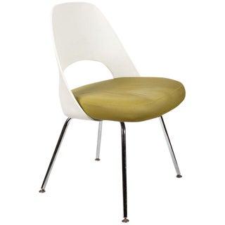 Modern Saarinen for Knoll Executive Side Chair For Sale