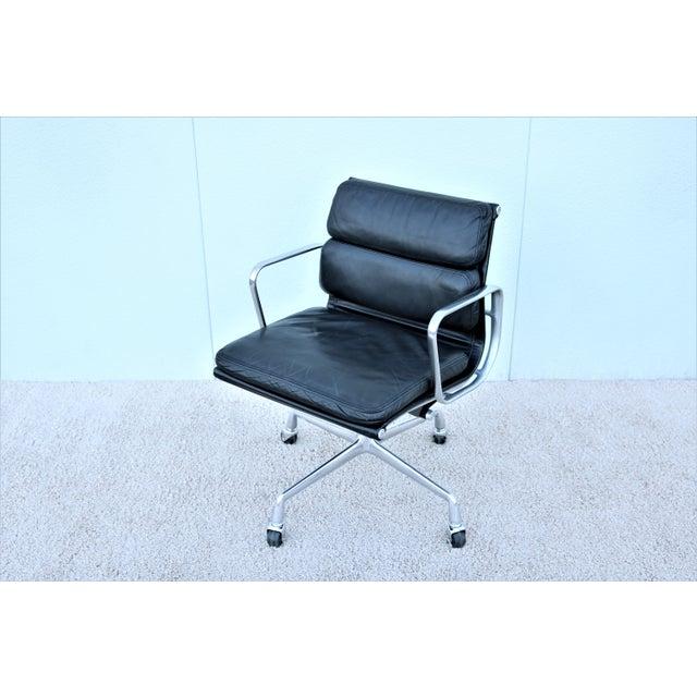 Vintage Mid-Century Modern Herman Miller Eames Soft Pad Black Management Chair For Sale - Image 13 of 13