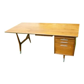 1960s Mid-Century Modern Solid Walnut W Sculpted Legs Tanker Desk For Sale