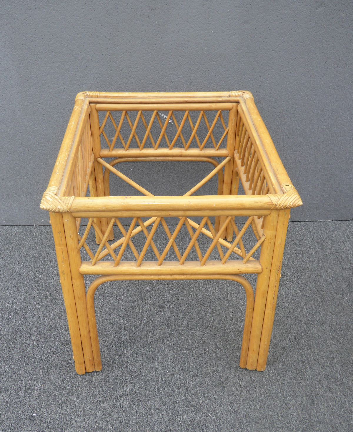 Vintage Tiki Palm Beach Bamboo Rattan Bamboo End Table For Sale   Image 11  Of 11
