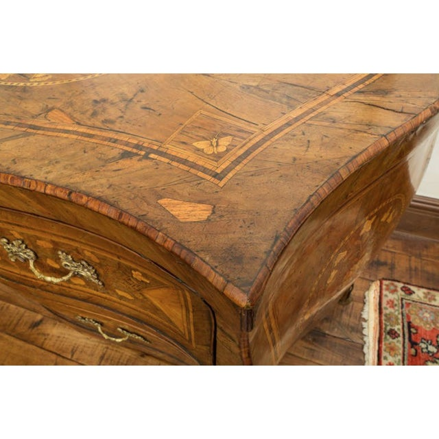 18th Century Inlaid Italian Commode With Bombe Shape and Dutch Marquetry For Sale - Image 10 of 11
