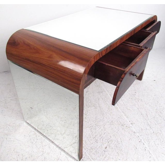 1970s Italian Modern Writing Desk in Rosewood For Sale - Image 5 of 10
