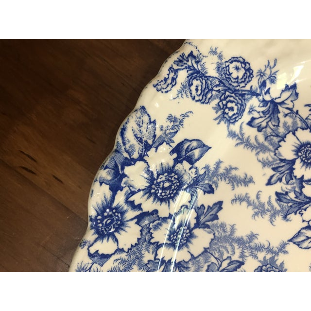 Can't have enough vintage blue and white? Imagine this oval platter standing up in your display.... Or use it in your...