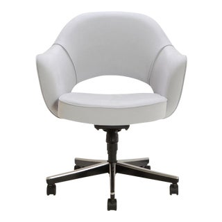 Saarinen Executive Fog Luxe Suede Swivel Arm Chair