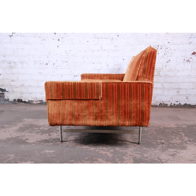 Calvin Furniture Original Paul McCobb Linear Group Sofa on Brass Legs, 1960s For Sale - Image 4 of 9