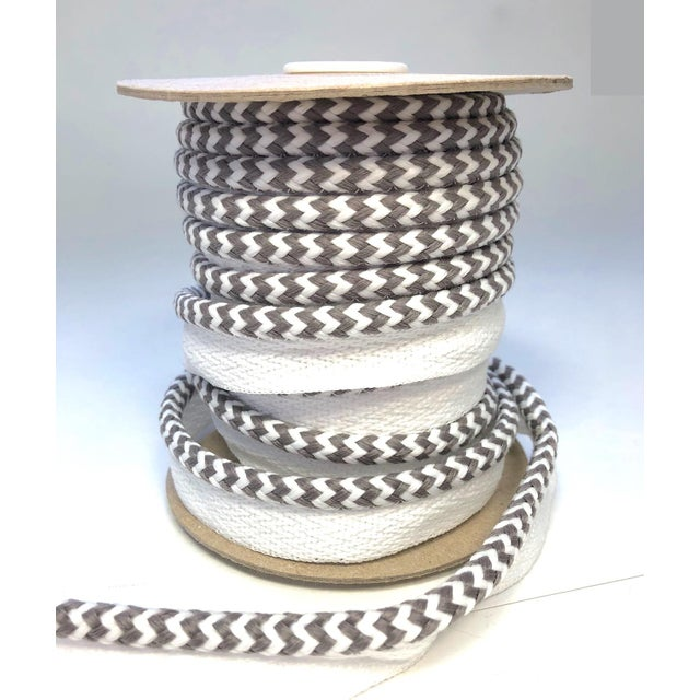 "Textile Braided 1/4"" Indoor/Outdoor Cord in White/Gray For Sale - Image 7 of 9"