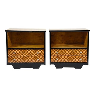 Pair of Mid-Century Modern Nightstands or Side Tables For Sale