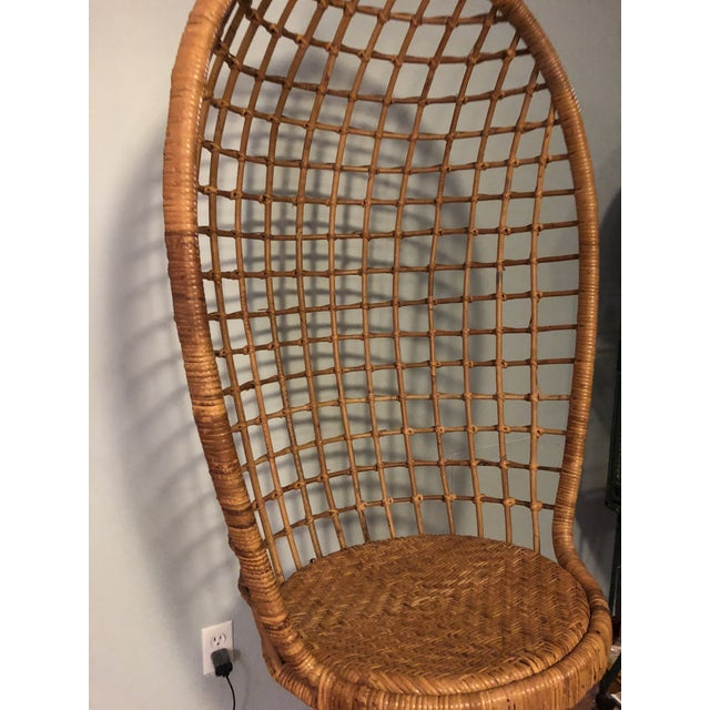 Americana Mid-Century Ficks and Reed Style Bamboo Hanging Chair For Sale - Image 3 of 10