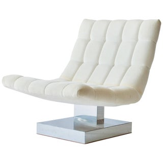 Milo Baughman Cantilevered Lounge Chair For Sale