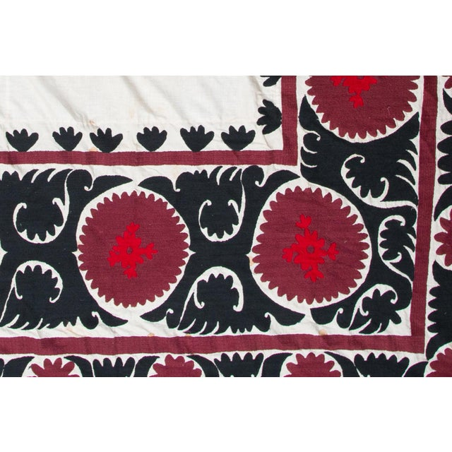 Boho Chic Vintage Red & White Suzani Textile For Sale - Image 3 of 3
