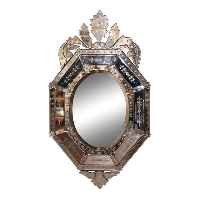 Early 20th Century Italian Venetian Octagonal Mirror With Painted Floral Etching For Sale