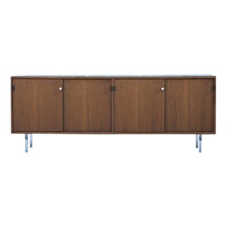 Florence Knoll for Knoll Walnut Credenza Buffet For Sale