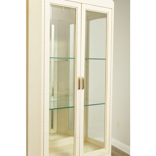 American Of Martinsville Modern Pair Lighted Curio Display Cabinets For Sale - Image 12 of 13