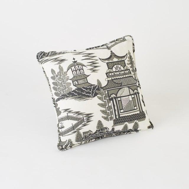 Schumacher Schumacher Nanjing Square Smoke Grey 18x18 Pillow - Pair For Sale - Image 4 of 8