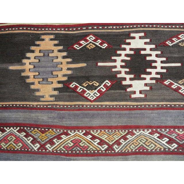 1960s Vintage Turkish Kilim Rug For Sale - Image 10 of 12