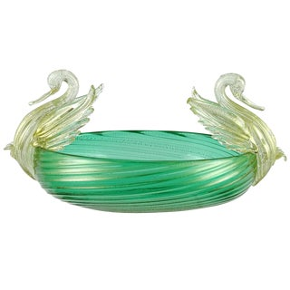 Seguso Vetri d'Arte Murano Green Gold Leaf Swans Italian Art Deco Glass Bowl For Sale