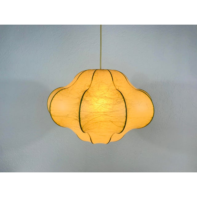1960s Mid-Century Modern Flower Shape Cocoon Pendant Lamp, Italy For Sale - Image 9 of 12