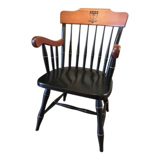 1950s Vintage Nichols & Stone Windsor Harvard Chair For Sale
