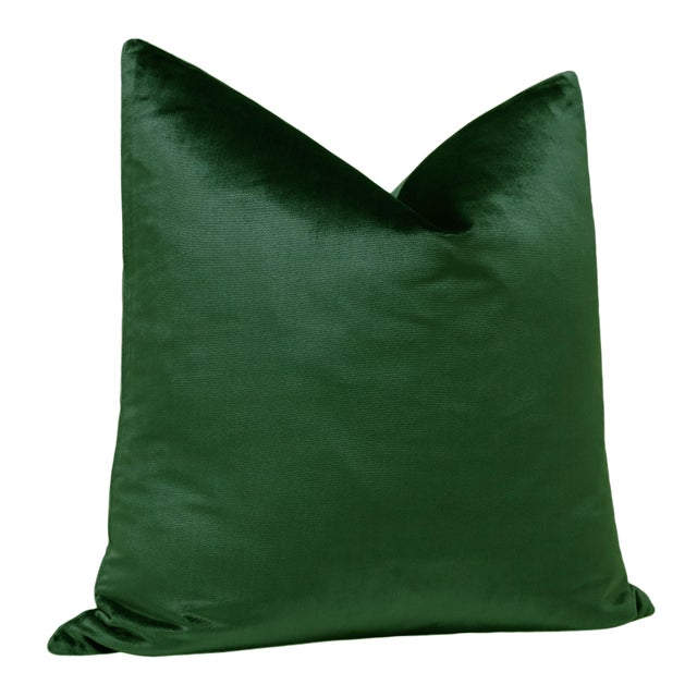 "Modern 22"" Italian Silk Velvet Pillows in Emerald - a Pair For Sale - Image 3 of 5"
