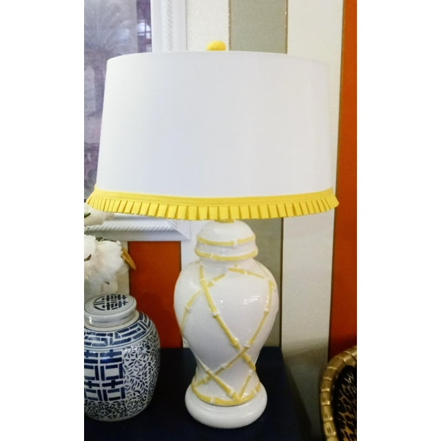 Vintage Faux Bamboo Palm Beach Regency Yellow and White Ginger Jar Pleated Trimmed Shade Table Lamp For Sale - Image 10 of 10