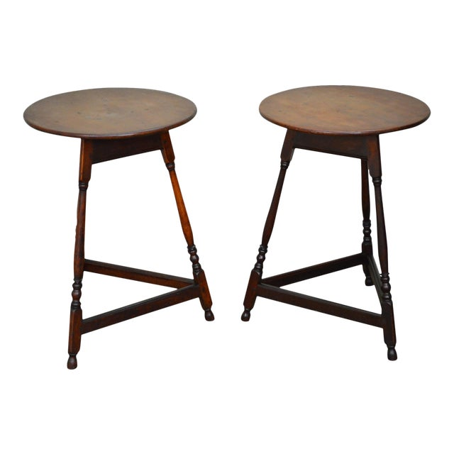 Kensington Furniture Antique Pair of Round English Tavern Tables - Image 1 of 11