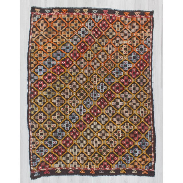 Offered is a vintage kilim rug from Denizli region of Turkey. In good condition. Approximatelly 45-55 years old.