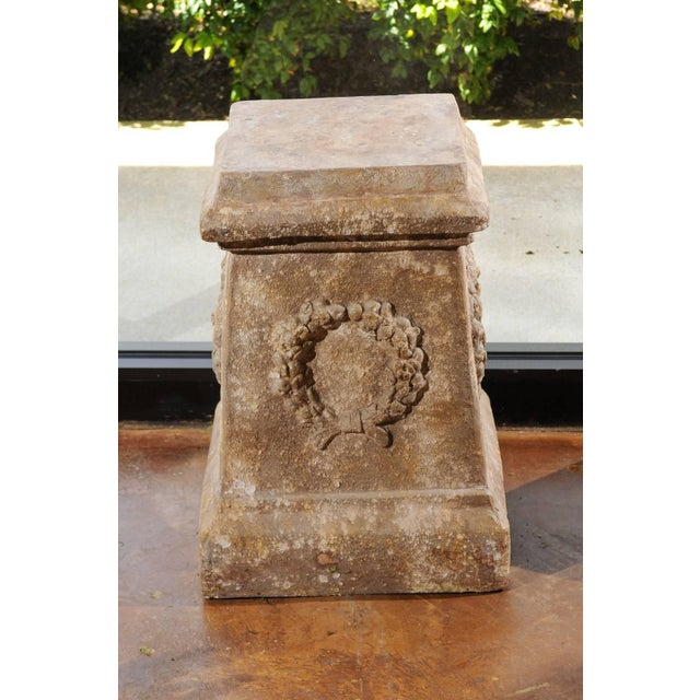 Pair of Vintage Continental Faux Stone Garden Plinths with Wreath Motifs, 1960s For Sale - Image 10 of 12