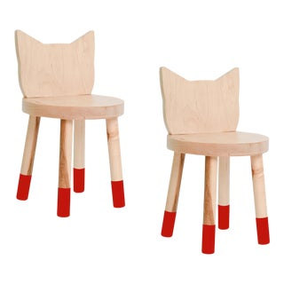 Nico & Yeye Kitty Kids Chair Solid Maple and Maple Veneers Red - Set of 2 For Sale