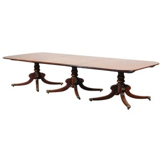 Georgian or Regency Mahogany Three Pedestal Dining Table of Large Size For Sale
