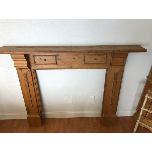 Late 19th Century English Pine Mantel For Sale - Image 4 of 7