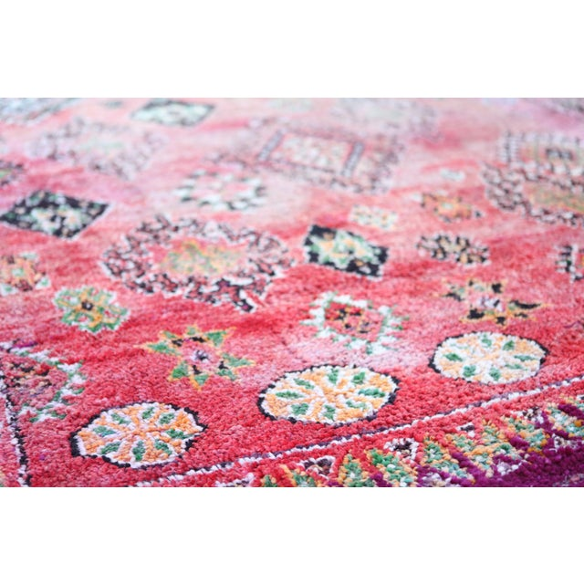 Vintage Moroccan Boujaad Rug 9'4 X 6'3 - Image 4 of 6