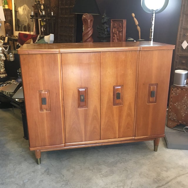 Mid-Century Modern John Widdicomb Accordion Door Walnut Chest of Drawers For Sale - Image 13 of 13