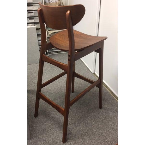 Swell Classic Cafe Walnut Bar Stools Set Of 4 Ibusinesslaw Wood Chair Design Ideas Ibusinesslaworg
