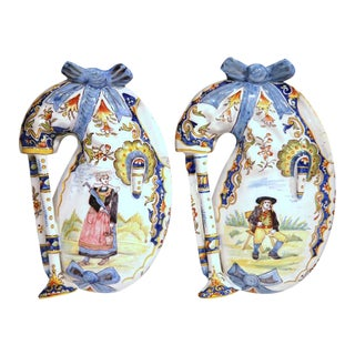 Pair of 19th Century French Hand-Painted Faience Wall Bagpipes From Lorient For Sale