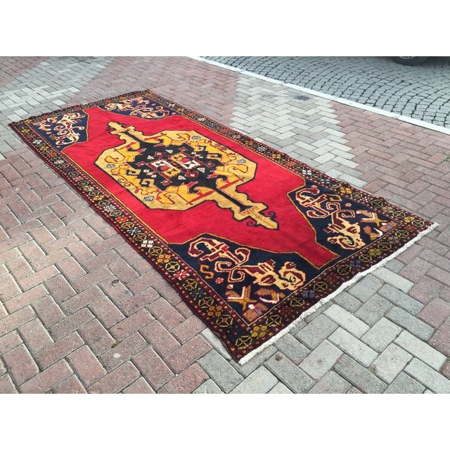 Traditional Vintage Anatolian Hand Knotted Rug - 5′1″ × 11′4″ For Sale - Image 3 of 7