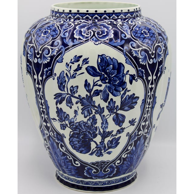 Extra Large Mid-20th Century Dutch Blue and White Royal Maastricht Delft Ginger Jar For Sale - Image 6 of 13
